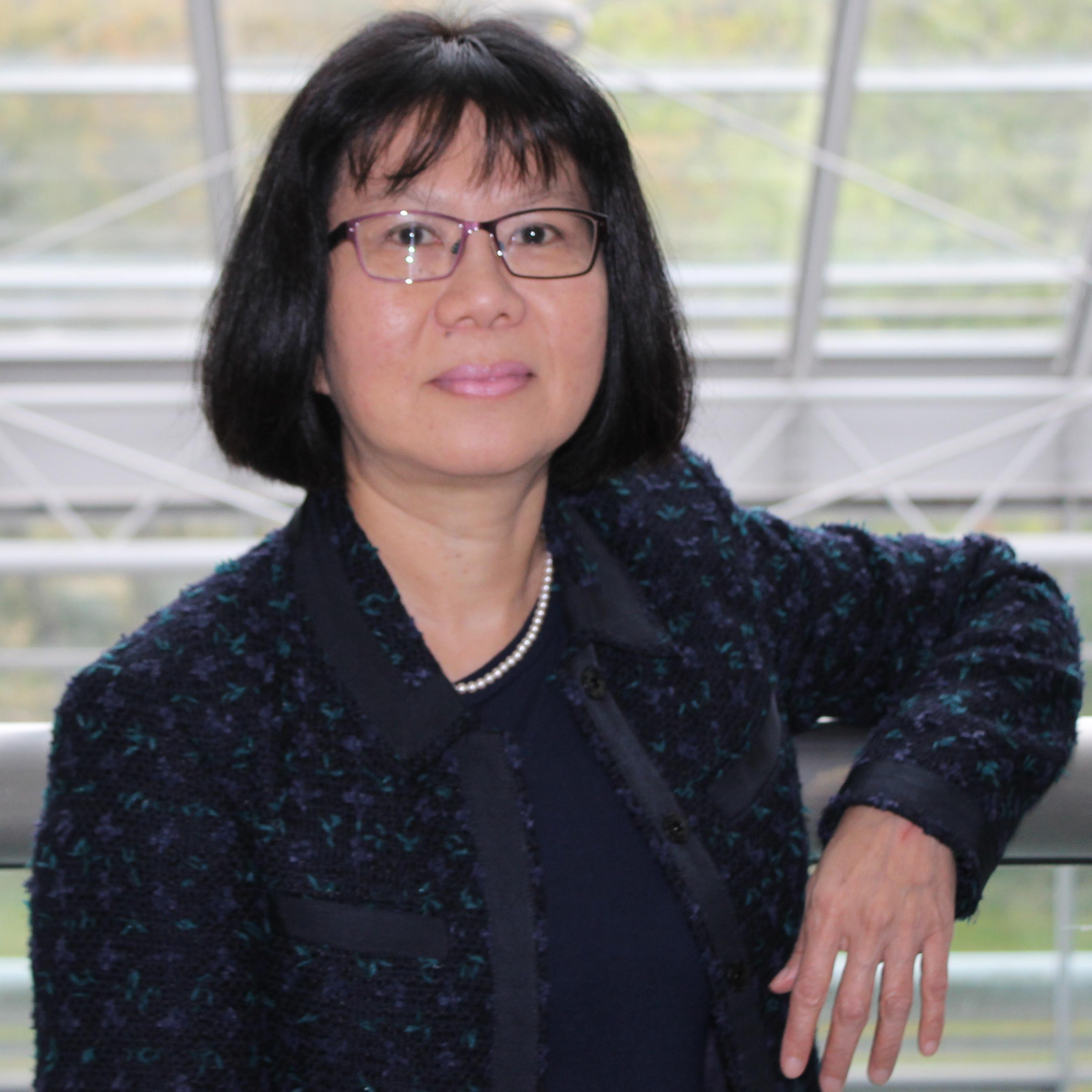 Dr Siew Lee